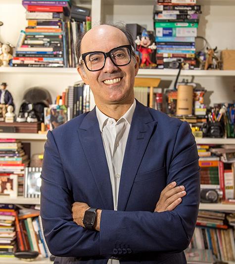 Prof. Dr. Marcos Moreira